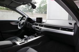 A4内饰全景副驾驶员方向