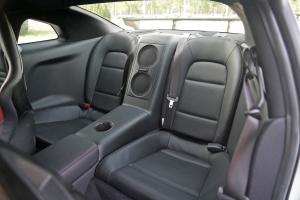 日产GT-R后排座椅图片