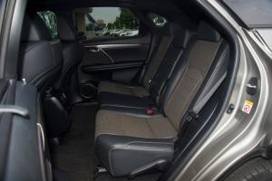 雷克萨斯RX后排座椅图片