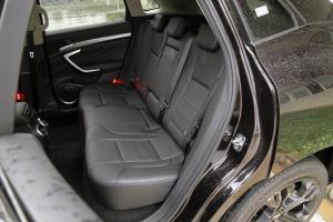 VV7后排座椅