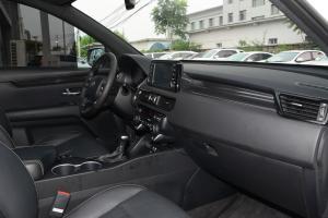 KX7内饰全景副驾驶员方向