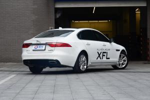 XFL侧后45度车头向右水平