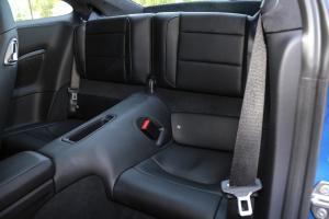 保时捷911后排座椅图片