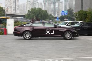 XJ正侧车头向右水平