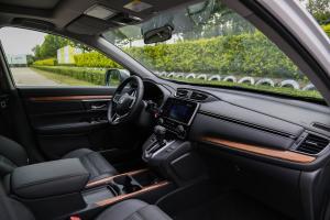 CR-V内饰全景副驾驶员方向