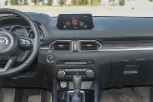 马自达CX-5中控台整体图片