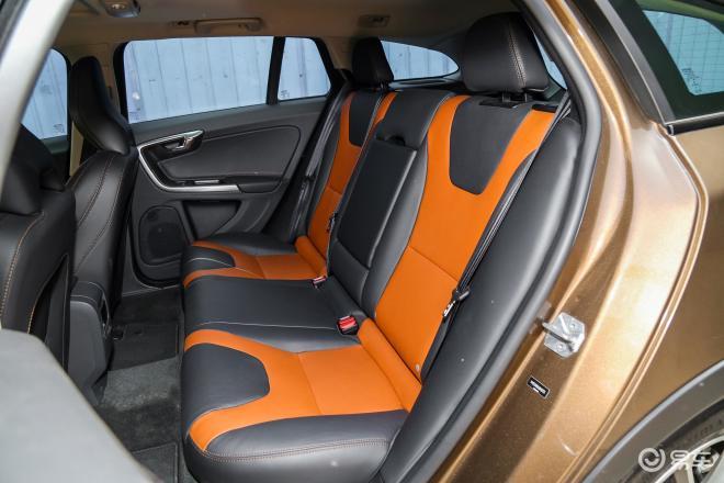 沃尔沃V60V60后排座椅