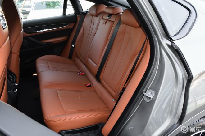 宝马X6 M宝马X6 M后排座椅