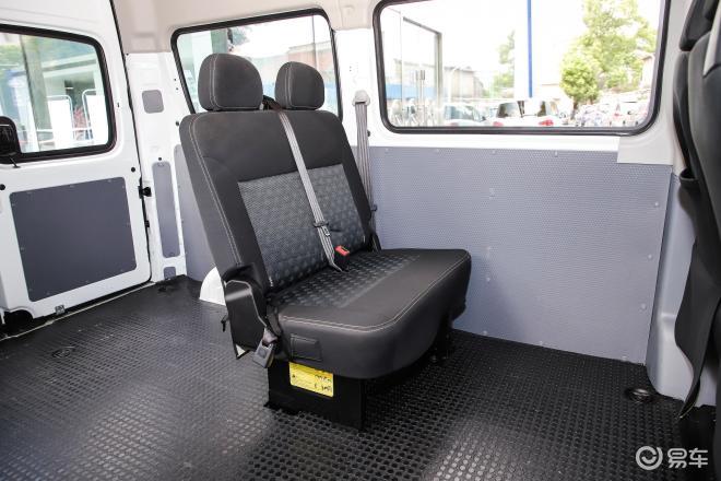上汽MAXUS V80V80后排座椅