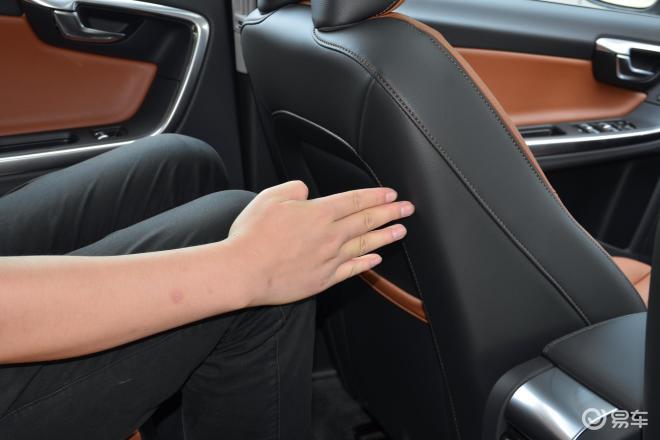 沃尔沃S60S60后排腿部空间体验