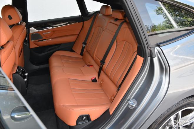 宝马6系GT6系GT后排座椅