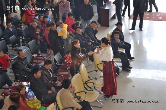 喜迎周年店庆 江淮瑞丰赣州中南隆重上市高清图片