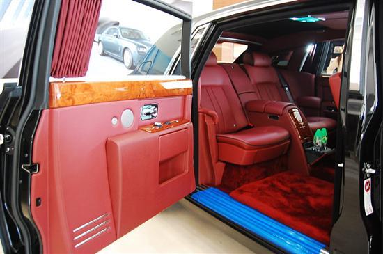 劳斯莱斯汽车从设计、制造,再到手工工艺,都需经过60双手、高清图片