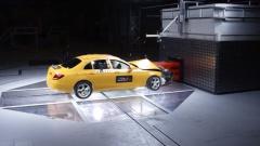 奔驰测试中心正式成立 E级轿车首发测试