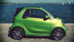 Smart Fortwo Cabrio 绿色电动小精灵