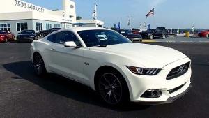 2015款福特Mustang 原地烧胎操作步骤
