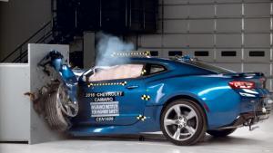 2016款雪佛兰科迈罗 IIHS正面25%碰撞