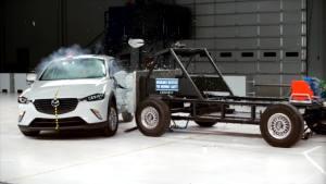2016马自达CX-3 美国IIHS侧面碰撞测试