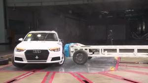 C-NCAP碰撞测试 2017款奥迪A4L获5星