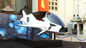 雷克萨斯太空飞船亮相《星际特工》首映