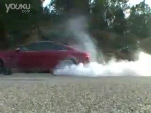 梅赛德斯奔驰CLK 63 AMG vs.宝马M6