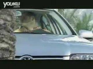 把车停在椰子树下的后果 汽车保险广告
