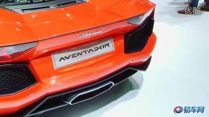 2011上海车展 Aventador卷发美女