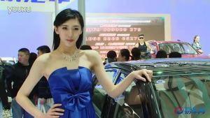 2011上海车展 力帆620清纯女模目光清澈