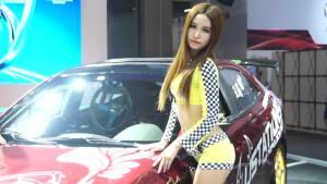 2013广州车展 宝骏630车模金发披肩