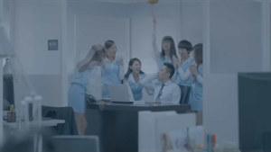 瞬间升级  台湾马自达3搞笑电视广告