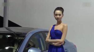 荣威550Hybrid 携俏佳人亮相展台