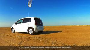 大众e-up!电动车 轻盈车身有风就能跑