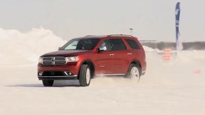 7座豪华SUV道奇酷威 雪地纵情驾驶