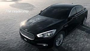 起亚K9奢华D级车 动力充沛搭载V8引擎