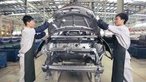 众泰云100电动车 全景实拍生产流程线