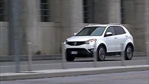 小型SUV双龙柯兰多 峰值扭矩360牛·米