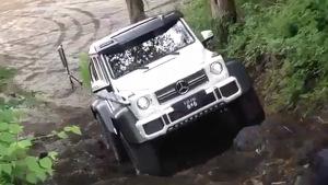 奔驰G63 AMG 6x6 极限越野岩石攀爬