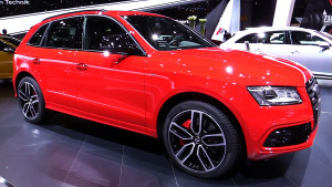 2016款奥迪SQ5 TDI Plus 高性能SUV