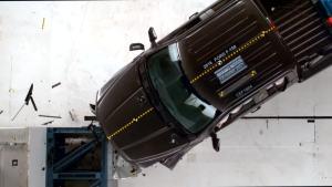 2016福特F-150加长版 IIHS正面40%碰撞
