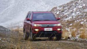 长安CX70适应多种路况 穿越戈壁雪山