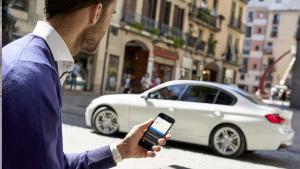 宝马互联驾驶新功能 一部手机轻松掌控