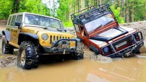 Jeep牧马人遥控车 助力路虎卫士脱困