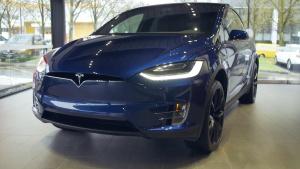 2017款特斯拉Model X 首款电动SUV