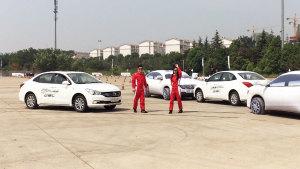广汽传祺GS4/GA3S 视界 女司机炫车技