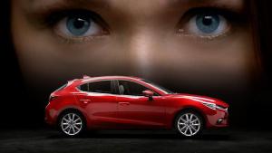 2017款马自达3 采用崭新前脸格栅设计