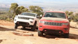 全新Jeep大切诺基Trailhawk 挑战岩石路