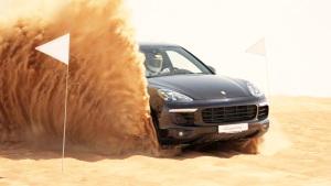 保时捷卡宴豪华SUV 迪拜沙漠障碍越野