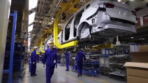 基地揭秘 荣威RX5生产车间曝光