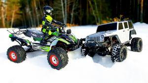 遥控车冰雪对决 Jeep牧马人战全地形车