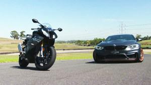 宝马M4 GTS 赛道迎战S 1000 RR摩托车